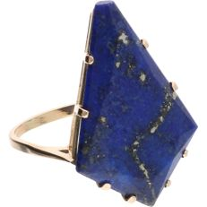 14 kt - Yellow gold ring set with a lapis lazuli - Ring size: 18.75 mm
