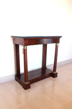 An Empire style gilt-bronze mounted console table - 19th century