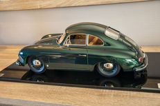 Unique hand built - Scale 1/8 - Porsche 356 Coup - Metallic green