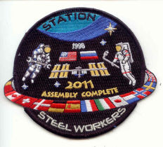 Limited edition badge and ISS NASA litho