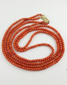 Coral bead necklace - 67 cm, length - 35.30 g. - Bead diameter 4.48 mm