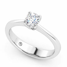 White gold ring with a 0.38 ct brilliant cut G (fine white) / VVS2 diamond - NO RESERVE - Free resizing