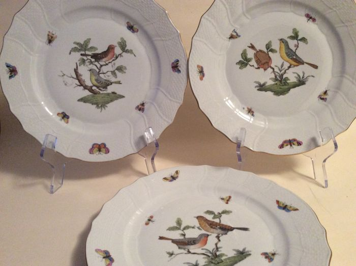 Herend Rothschild 3 porcelain dinner plates with bird scenery & Herend Rothschild 3 porcelain dinner plates with bird scenery ...