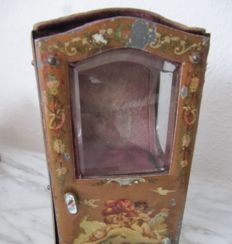 Doll palanquin of 1900 - 1910
