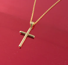 Necklace and Cross Pendant in 18 kt/750 gold, total weight - 6.45 g