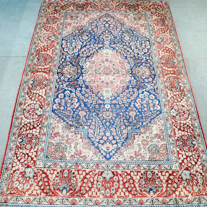 China Silk Hereke - 119 x 78 cm