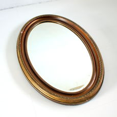 Beautifully finished oval mirror, 1st half of the 20th century