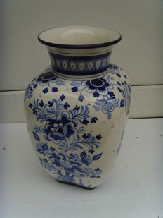 Dresdner stoneware works - large vase hand painted