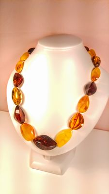 Baltic amber necklace, length 50 cm, 47 grams