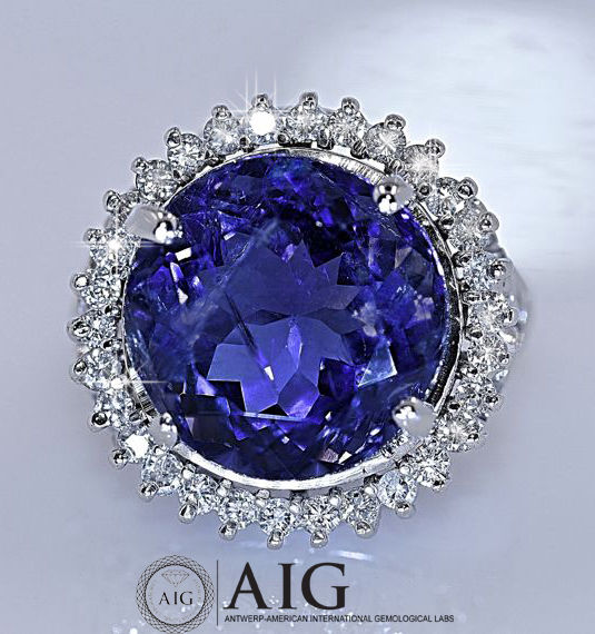 Certified 7.38-ct iolite & Diamond 14K Gold Ring – Ring Size: 14 -**No reserve price**