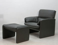 Leolux - bora Beta chair including footstool