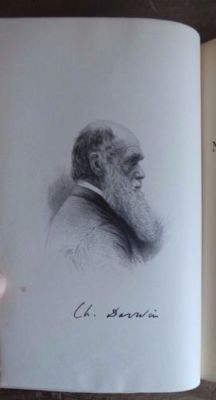Charles Darwin - A naturalist's voyage journal of researches into the natural and geology of the countries visited during the voyage of H.M.S.Beagle - 1897
