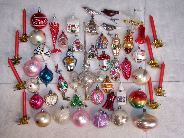 antiqueold christmas baubles and decorations