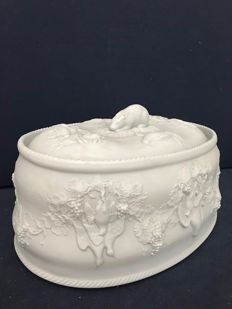 Tiffany & Co. - Mancioli Casserole