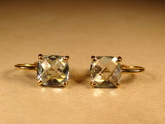 Vintage 18 ct gold earrings set with two aquamarine stone 3 ct total beautiful cut stones France 1950 period