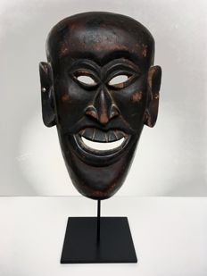 Ritual mask depicting a comic character - Garwhal division of Uttarakhand, Northern India - First half of the 20th century (38cm)