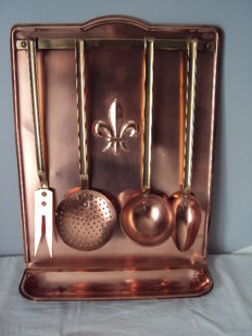 Antique collector's kitchen utensil holder made entirely of copper fleur de lys collection