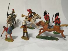Beautiful vintage set of toy soldiers