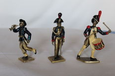 Three miniature Italian soldiers in silver 800 and enamels Cattaneo Cesare Virginio - Milano, second half of the 20th century.