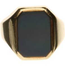 14 kt yellow gold men's signet ring set with layered stone - Ring size: 18.5 mm
