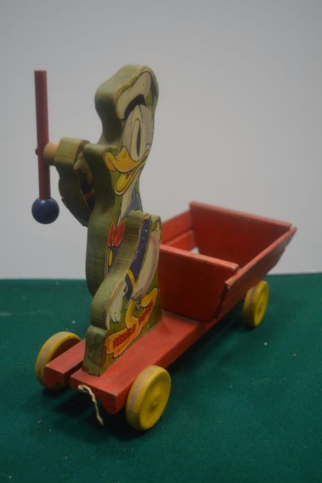 Toys From The 40s : Wooden toy wagon with donald duck s catawiki