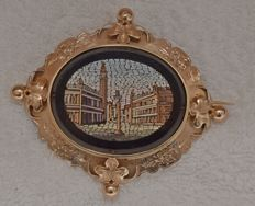 """19th Century 14 kt brooch with """"Piazza San Marco"""" in Micro Mosaic"""