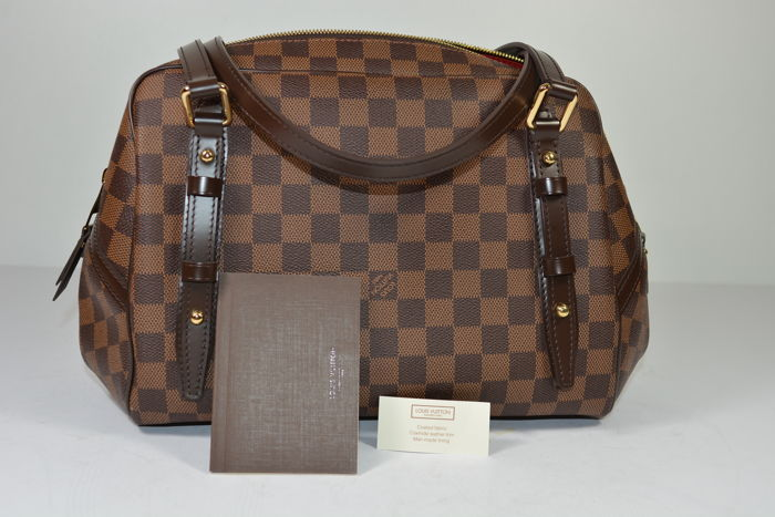 c4f22bc316ff Louis Vuitton - Rivington GM Damier Handbag - Catawiki