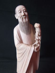Large ivory statue of an immortal - China - around 1900-1920