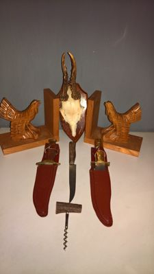 Hunting/fishing knives - Antler - Book Ends