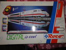 Roco H0 - 41200 - Digital starter set with 3-piece electric train set ICE1 of the DB