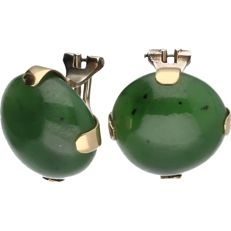 14 kt yellow gold clip-on earrings with nephrite jade - Diameter: 18 mm