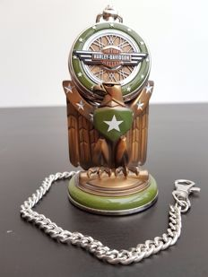 "Harley Davidson ""WLA Military"" collector's pocket watch on stand - Franklin Mint"