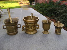 4 copper / bronze mortars and pestle