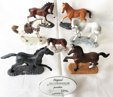 Ed Adenauer, Zillermahler - 7 excuise Biscuit porcelain named and signed Horses plus a porcelain stander from Zillermahler
