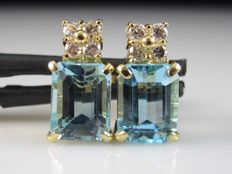 4.26 ct earrings with topaz and diamonds made of 18 kt yellow gold - no reserve price -