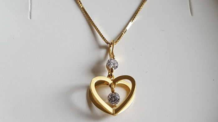 Ladies' necklace and pendant in 18 kt/750 yellow gold 42 cm.