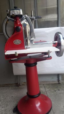 Flywheel manual slicer - Cima - with pedestal