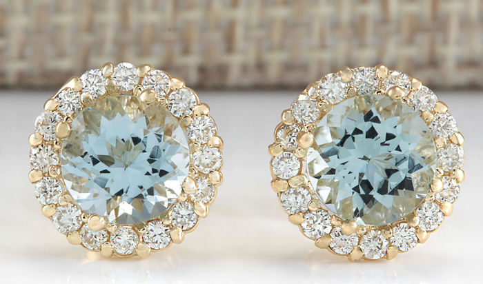 3.65 Carat Aquamarine 14K Solid Yellow Gold Diamond Stud Earrings - Face Measure: 10.66x10.66mm *** FREE SHIPPING *** NO RESERVE ***