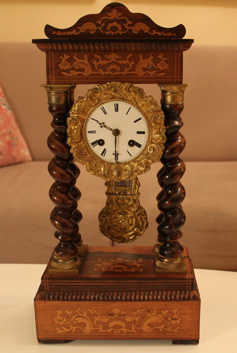 Wooden French clock with inlays – Mid 19th century