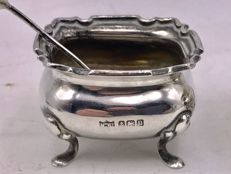 Handmade antique silver salt cellar with silver spoon -Mappin & Webb Limited - Birmingham 1912