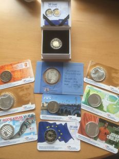 The Netherlands – Coin cards 2013 / 2017 (8x) & 30 years European flag Proof, Beatrix in silver 2005