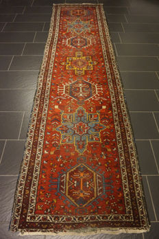 Antique Persian carpet Karadja Heriz runner Made in Iran antique carpet 90 x 350 cm