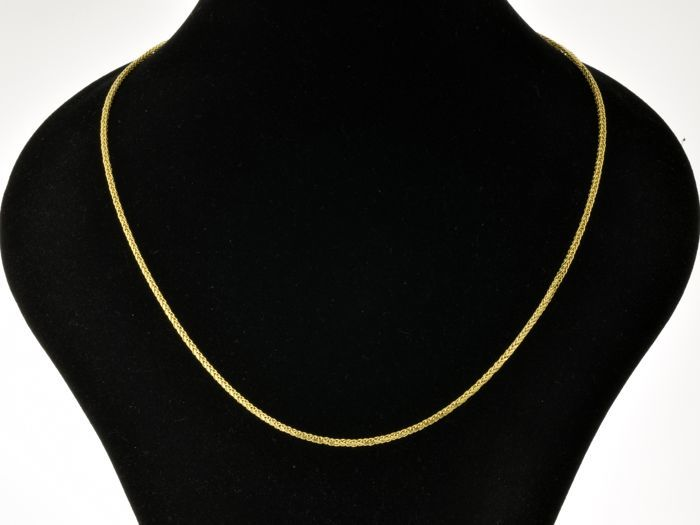 "18k Gold Necklace. Chain ""Wheat"". Length 49.5 cm. No reserve price."