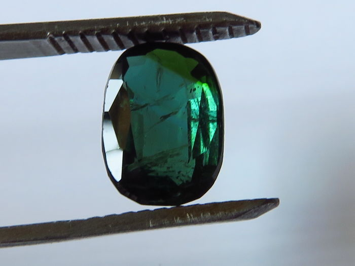 Verdilite Tourmaline  - 3.19 ct -  No reserve price.