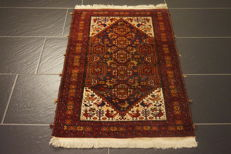 Beautiful antique hand-knotted oriental Baluch 65 x 100 cm