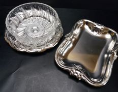 Rectangular scale + round dish with glass bowl Demeyere