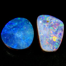 Lot Of 2 Australian doublet  Opal With  Rainbow Flash  - 2.65 Ct (2)