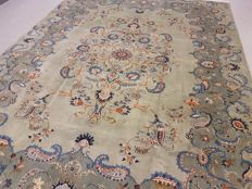 20th Century Room Size Pistachio Green Tones Hand Woven Persian Kashan 430x370 cm
