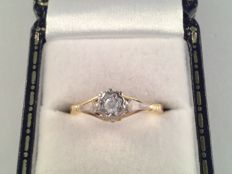 Elegant yellow gold ring with diamond 0.15 ct ring size 16/50