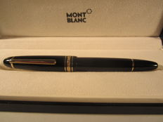 Prestigious vintage Montblanc Meisterstuck 146 fountain pen, black colour and gold trims - very good conditions